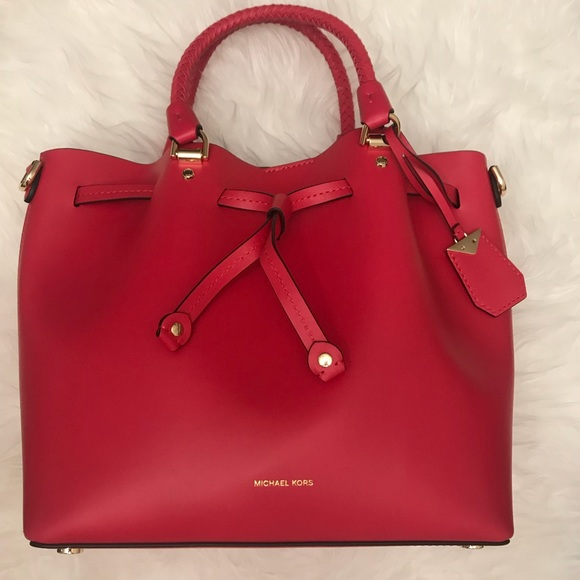 f2cb6df13 Michael Kors Bags | Blakely Bucket Bag | Poshmark